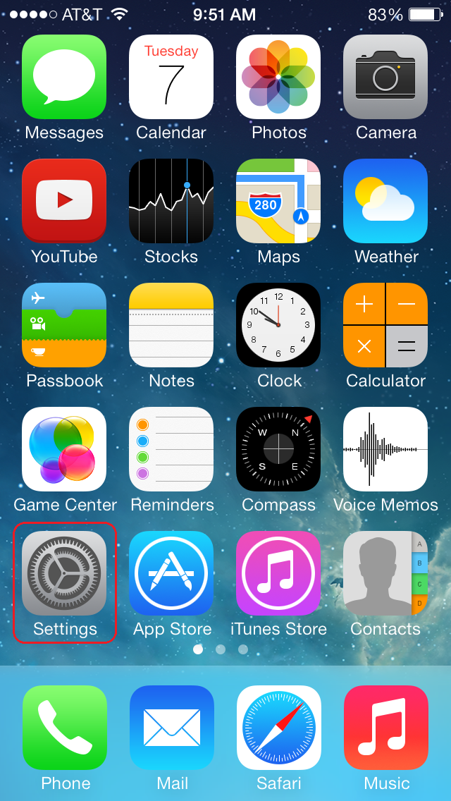 iPhone homescreen with the Setting app boxed in red.